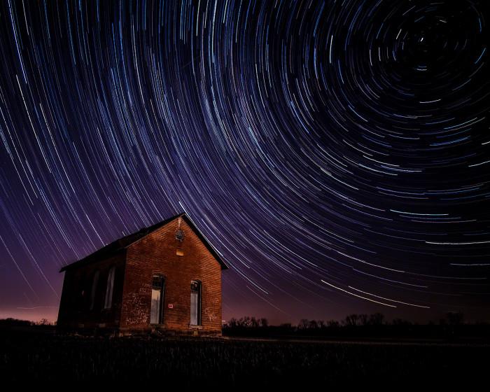 Old School Star Trails ISO:100 - f/2 - 12mm - 160 x 25 sec