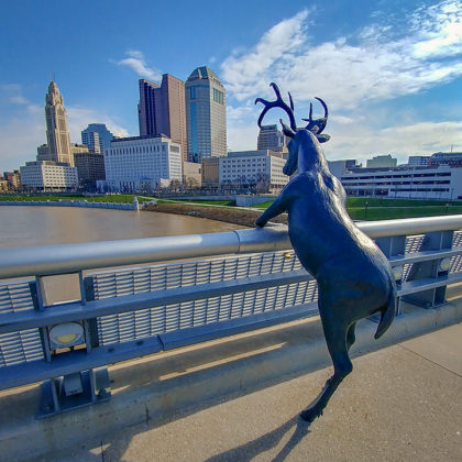 Rich St deer statue Columbus, Ohio